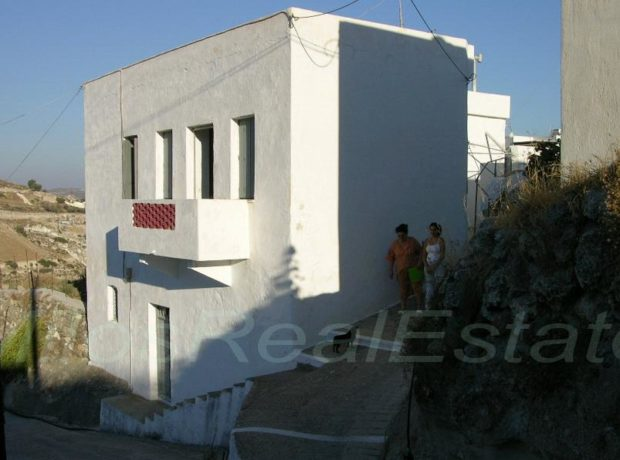 Traditional House   132 m2
