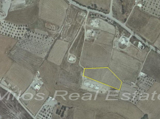Land for sale 4.700 m2, Korfos, Milos