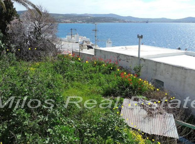 Land for sale 216 m2, Adamas center, Milos