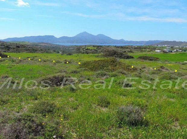 Land for sale 770 m2, Parasporos, Milos