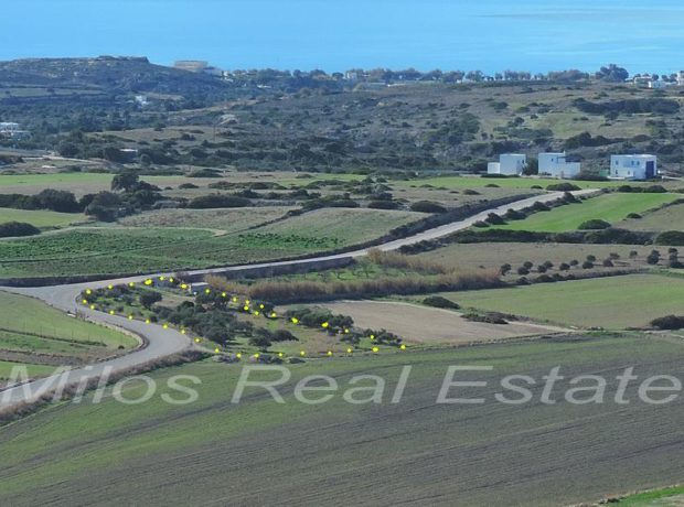 Lands for sale, Milos, 1486+2292 m2